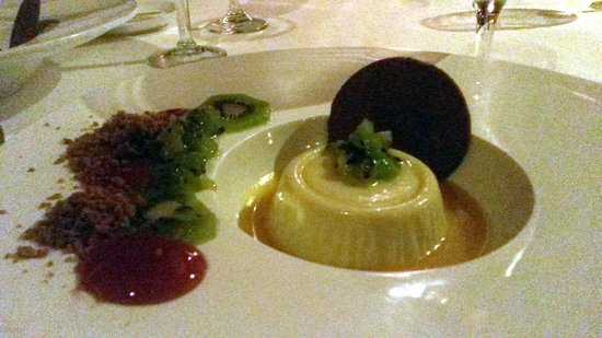 ZoZo's at the Sugar Mill: The Key Lime Pana Cotta