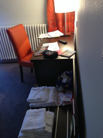 Hotel de Montaulbain : Petit bureau pour faire des dessins