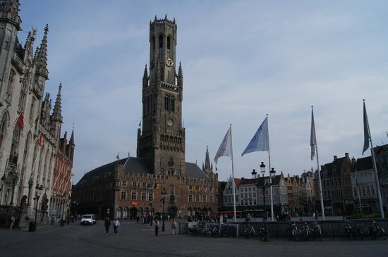 Grand-Place : Market square