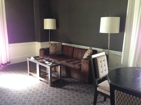 Empire Hotel : Sofa