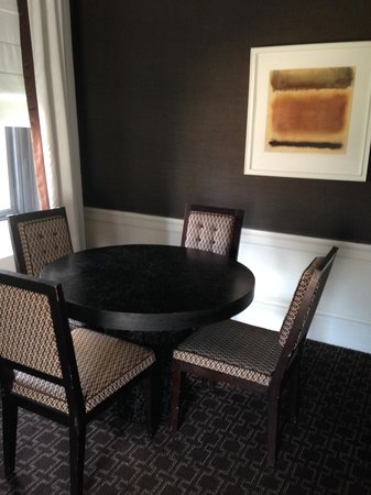 Empire Hotel : Dining table