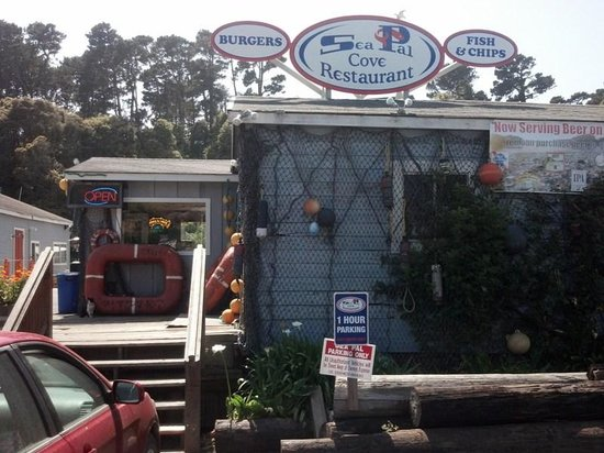 Sea Pal Cove Restaurant: Great Outdoor Seating