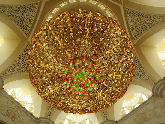 Mosquée Cheikh Zayed : Мечеть шейха Зайда Люстры из кристаллов Сваровски