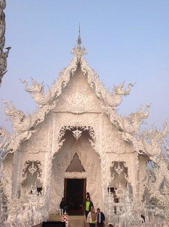 Wat Rong Khun : красота!!!