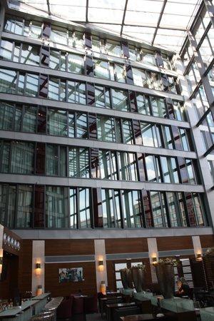 Eurostars Berlin Hotel: hall2