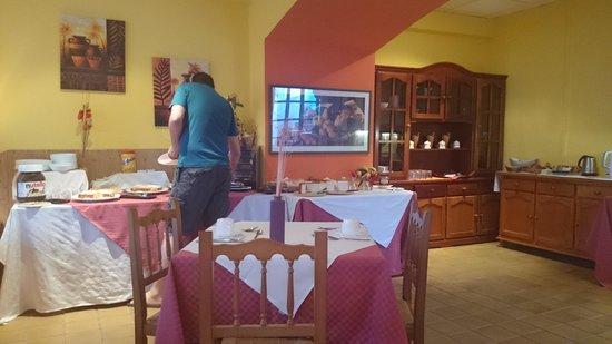 La Casita Hotel: Breakfast room