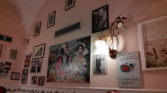 Ciao Toto: Interior