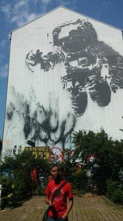 Alternative Berlin Tours: city art