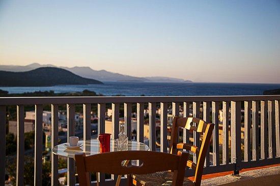 Elpida Village: Traditional Cafe