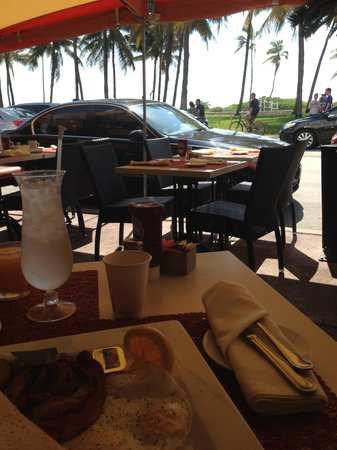 Beacon South Beach Hotel : Complimentary breakfast