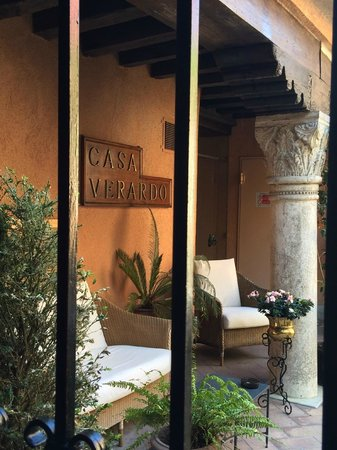 Hotel Casa Verardo - Residenza D'Epoca: Back patio