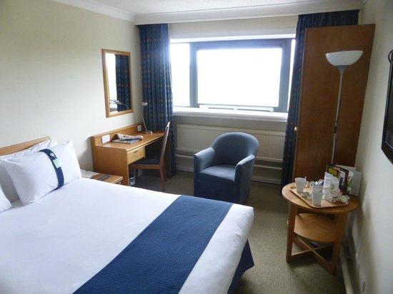 Holiday Inn Cardiff City Centre: Bedroom