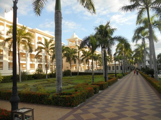 Hotel Riu Palace Punta Cana: Patio Central