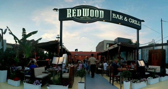 Redwood Bar & Grill
