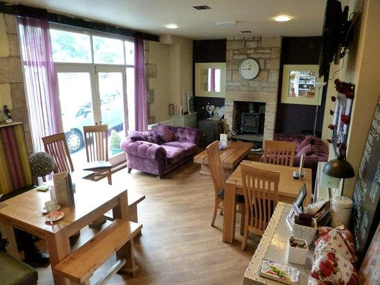 Tomlinson's Cafe & Bunkhouse: The chilling out area!