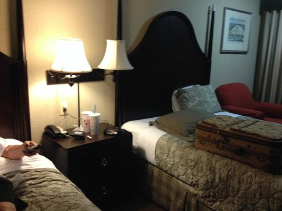 Inn at Mulberry Grove: bed was comfortable