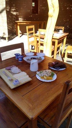 Hotel Pascual Andino: Café da manhã para duas pessoas.