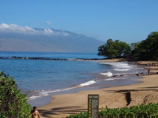 Andaz Maui At Wailea: hotel beach