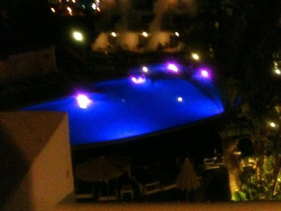 Aparthotel Playas Ca's Saboners: Pool at night