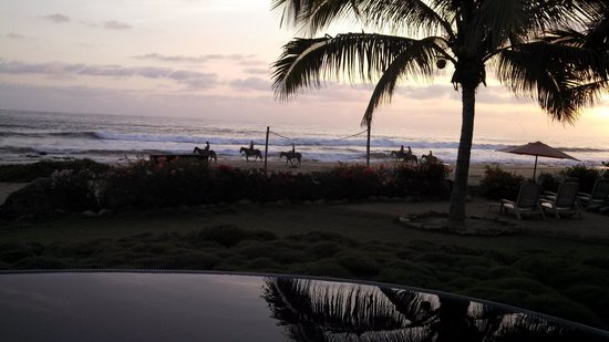 Tres Mujeres Boutique Hotel & Yoga Retreat : The sunset on horseback