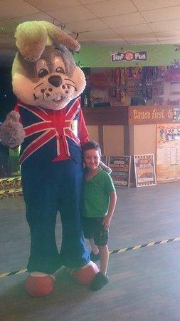 Alberta Holiday Park - Park Holidays UK: Arthur and Loopy