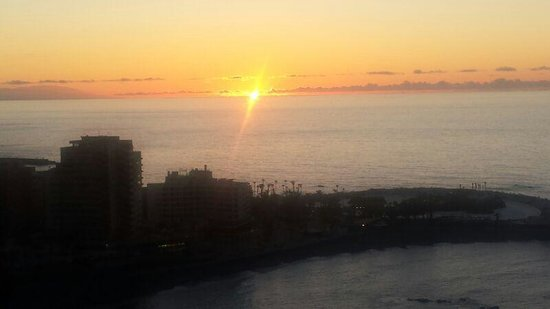 Atlantic Mirage Suites & Spa : atardecer