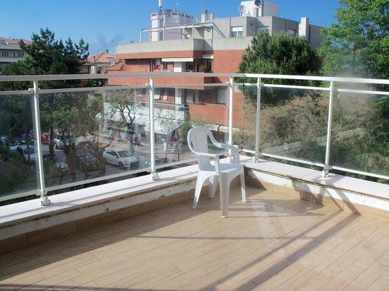 Hotel Mediterraneo: The terrace