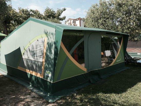 Camping Zocco Centro Vacanze : EuroCamp tent