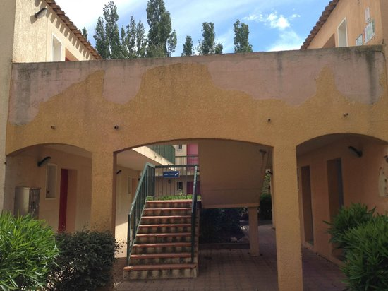 Apartamentos Maeva Club L'Estajan: Extérieur