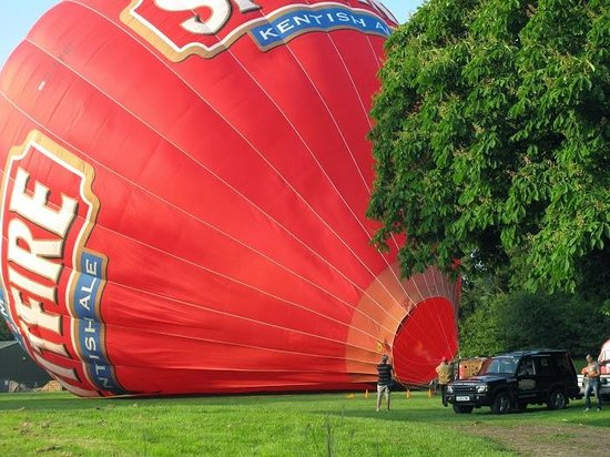 Kent Ballooning: Balloon nearly inflated for take off
