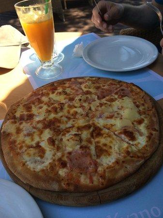 Kyano Beach Restaurant: Hawaii pizza