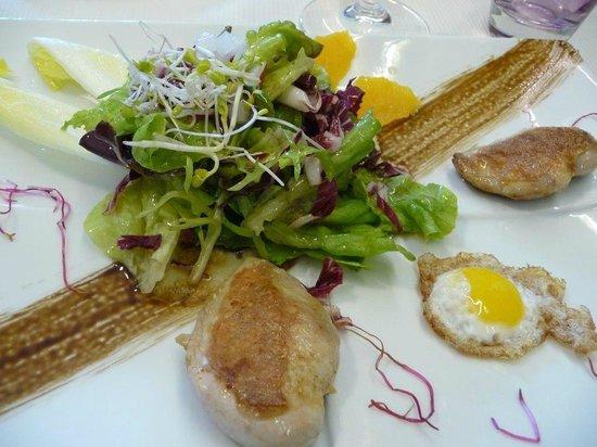 Gasthaus Kranz: Wachtelbrust mit Wachtelspiegelei und Salaten