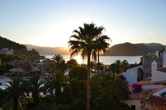 Marti Resort de Luxe : A sea view room