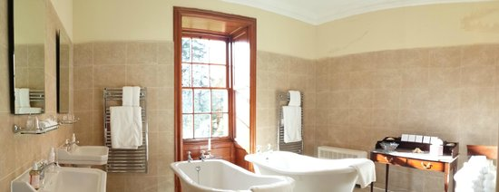 Glencoe House: This spectacular bathroom includes a glass walk-in shower