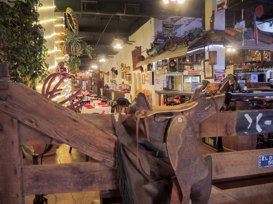 Los Vaqueros: The interior is perfect for the Fort Worth Stockyards~