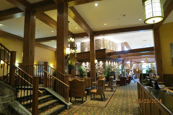 Hershey Lodge : Lobby