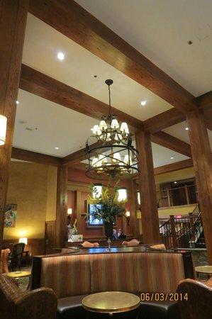 Hershey Lodge: Lobby