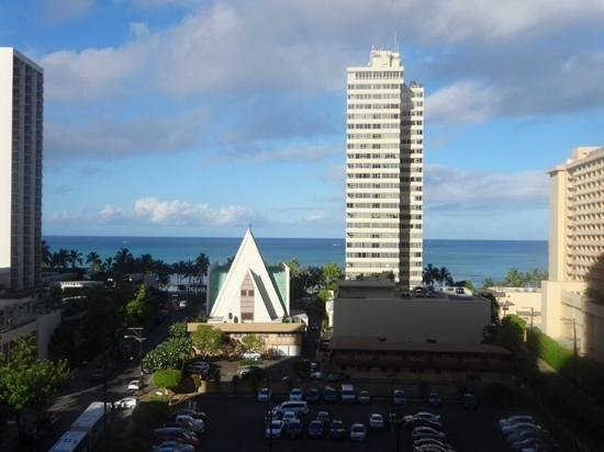 Hilton Waikiki Beach: view from our balcony