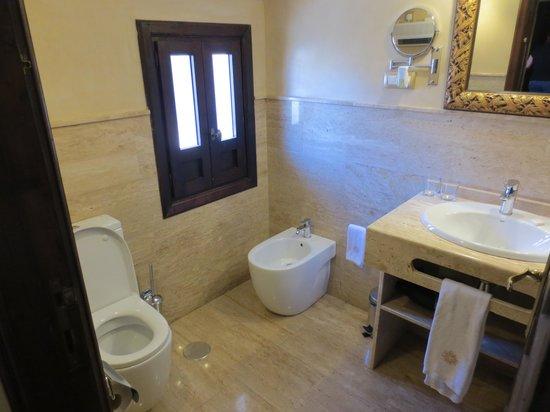 Hotel Casa 1800 Granada: Bathroom