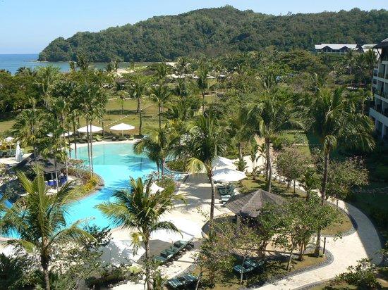 Shangri-La's Rasa Ria Resort & Spa : Ocean Wing Pool