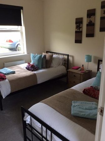 Auchenlarie Holiday Park: twin room