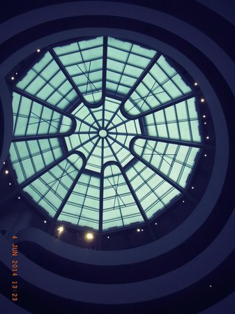 Solomon R. Guggenheim Museum: Skylight with filter