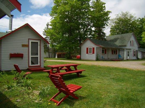 Riverview Cottages: Cottages