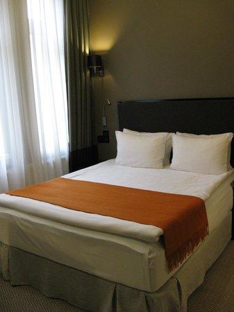 Astoria Hotel: Bad