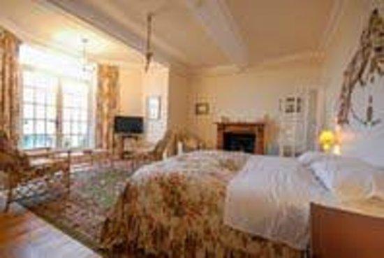 Stravithie Castle: Bedroom