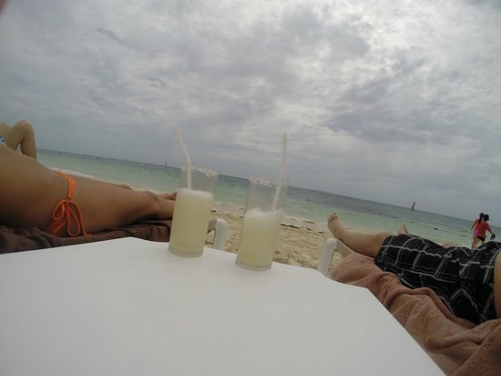 Excellence Playa Mujeres : beach and margaritas