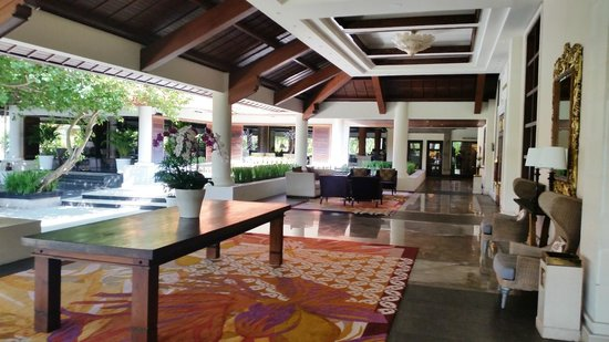 The Laguna, a Luxury Collection Resort & Spa : hall