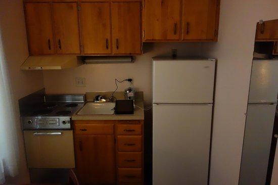 The Mark Spencer : Kitchen