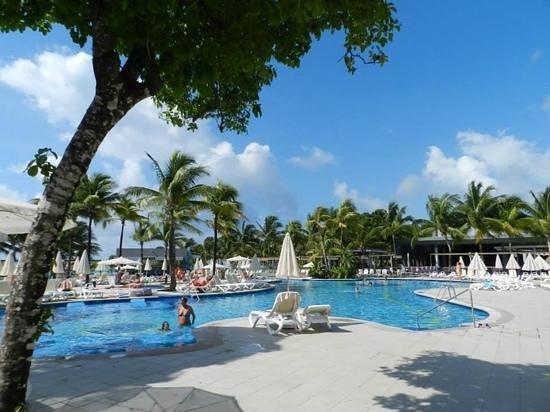 Hotel Riu Yucatan: The main pool