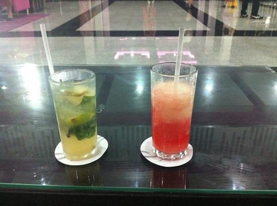 Hotel Riu Yucatan: Cocktail time